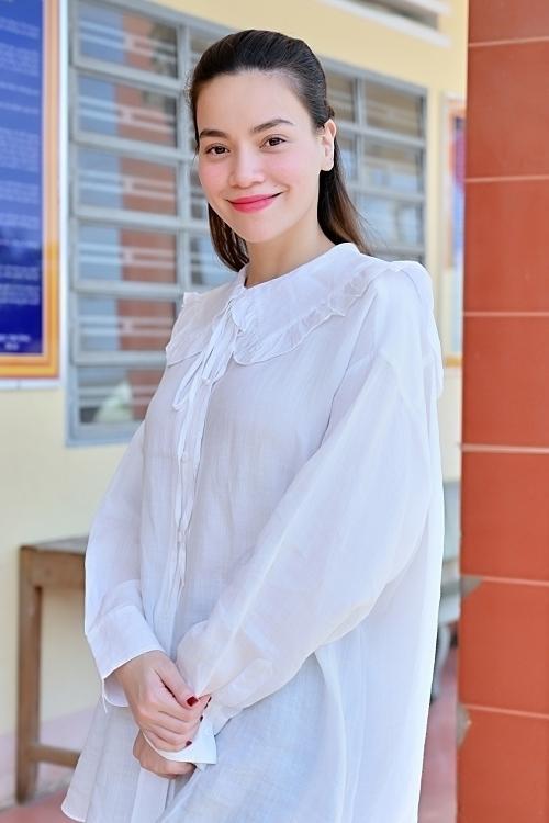 Cùng mang thai đôi nhưng Hồ Ngọc Hà và vợ Khắc Việt đối chọi nhau về ngoại hình bầu bí-3