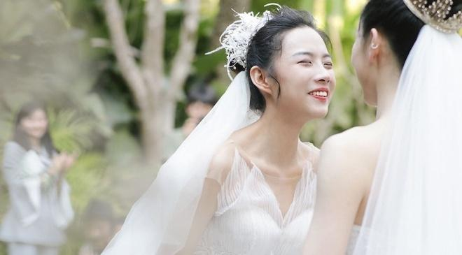 Lễ cưới đồng tính của nghệ sĩ múa hàng đầu Trung Quốc-4