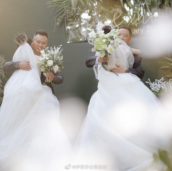 Lễ cưới đồng tính của nghệ sĩ múa hàng đầu Trung Quốc-5