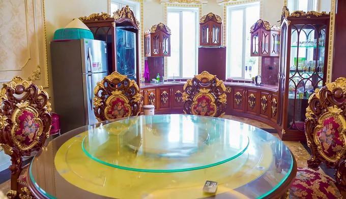 Choáng ngợp dinh thự dát vàng hơn 100 tỷ đồng, nổi danh ai cũng biết ở Thanh Hóa-8