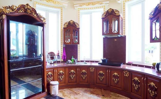 Choáng ngợp dinh thự dát vàng hơn 100 tỷ đồng, nổi danh ai cũng biết ở Thanh Hóa-9