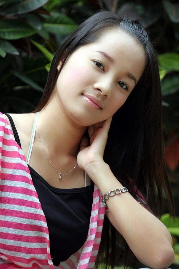 Khoe ảnh bên con gái 10 tuổi, cựu hotgirl Nhật Ký Vàng Anh làm người xem lú lẫn tưởng 2 chị em-1