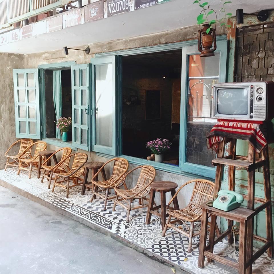 Những quán cà phê thời bao cấp tại Hà Nội vừa bước vào cửa đã thấy cả một bầu trời kí ức ùa về-1