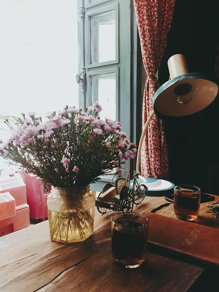 Những quán cà phê thời bao cấp tại Hà Nội vừa bước vào cửa đã thấy cả một bầu trời kí ức ùa về-3