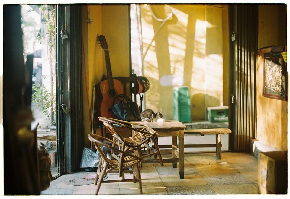 Những quán cà phê thời bao cấp tại Hà Nội vừa bước vào cửa đã thấy cả một bầu trời kí ức ùa về-6
