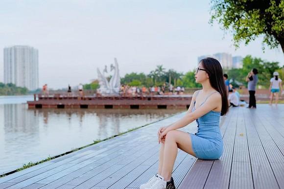 Bạn gái mới Quang Hải bị chê nhan sắc, riêng tình cũ Nhật Lê tung ảnh được fan nhận xét: Xinh xỉu-5