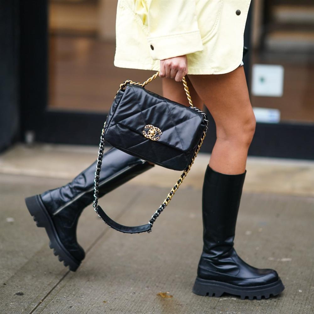 Flap Bag và những mẫu túi nổi tiếng nhất của hãng Chanel-1