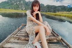 Hương Giang khoe ảnh du lịch, dân mạng nhìn thấy rõ khuyết điểm body