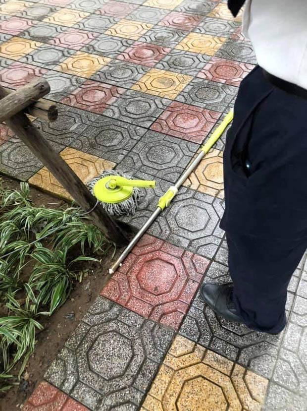 Hà Nội: Chổi lau nhà rơi từ tầng 5 chung cư cao cấp khiến bé trai vỡ đầu phải nhập viện-3