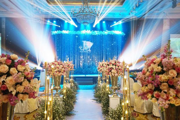 Toàn cảnh lễ ăn hỏi Công Phượng: Khách sạn đắt nhất Sài Gòn, chi phí tiệc 3 triệu/người-1