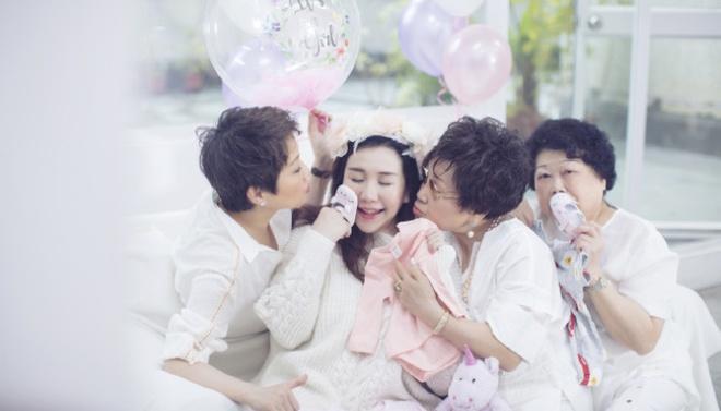 Chồng trẻ kém 8 tuổi của con gái tỷ phú sòng bạc Macau-7