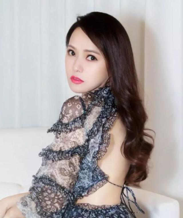 Mỹ nhân Đài Loan ngoại tình vì chê chồng yếu sinh lý bây giờ ra sao?-3