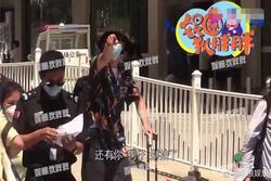 Bị fans bao vây chụp hình, Lý Hiện tức giận chỉ tay mắng mỏ: 'Cho tôi một chút tự do có được không?'