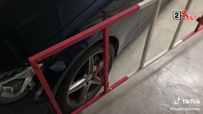 Ô tô bị xích vì để sai chỗ, Huy Khánh quay clip chửi chung cư cao cấp-3
