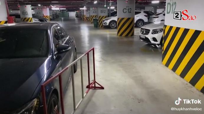 Ô tô bị xích vì để sai chỗ, Huy Khánh quay clip chửi chung cư cao cấp-2