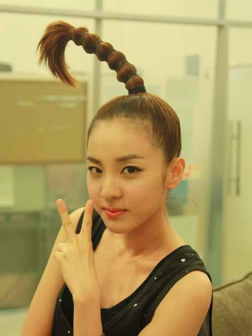 Từng là nhóm nhạc nữ huyền thoại, các thành viên 2NE1 hiện tại ra sao?-9