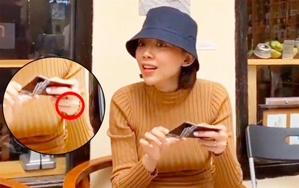 Zoom cận cảnh nhẫn cầu hôn rẻ bèo có 1-0-2 của dàn mỹ nhân Việt-2