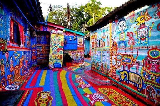 Điểm mặt những ngôi làng bích họa rực rỡ sắc màu ở Châu Á khiến ai đến cũng phải mê-10