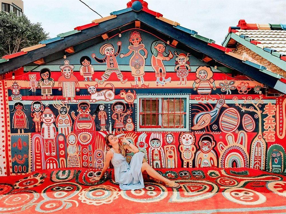 Điểm mặt những ngôi làng bích họa rực rỡ sắc màu ở Châu Á khiến ai đến cũng phải mê-11