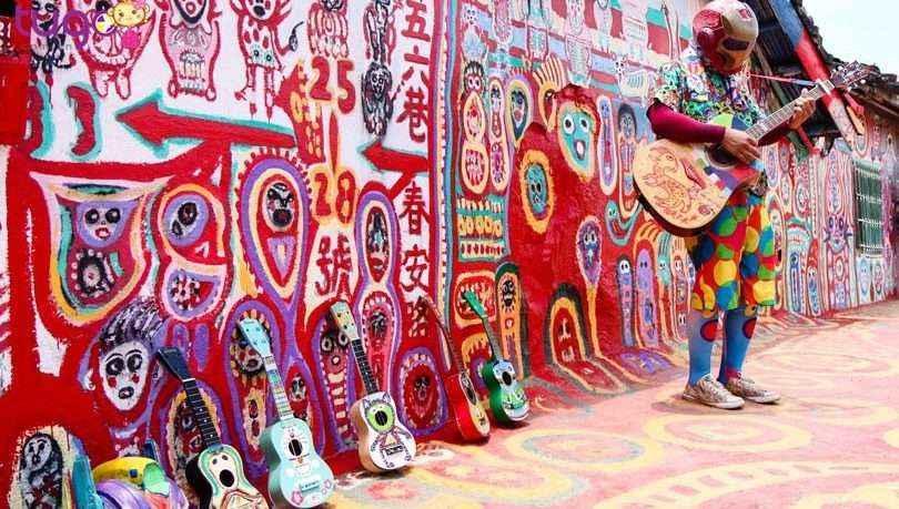 Điểm mặt những ngôi làng bích họa rực rỡ sắc màu ở Châu Á khiến ai đến cũng phải mê-12