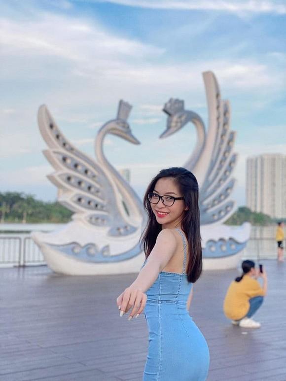 Bố Nhật Lê khuyên bảo khi con gái chia tay mối tình nhiều năm cùng Quang Hải-3