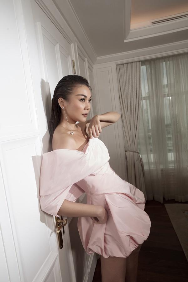 Thanh Hằng và Hồ Ngọc Hà sánh đôi xuất hiện trên tạp chí Vogue Pháp-6
