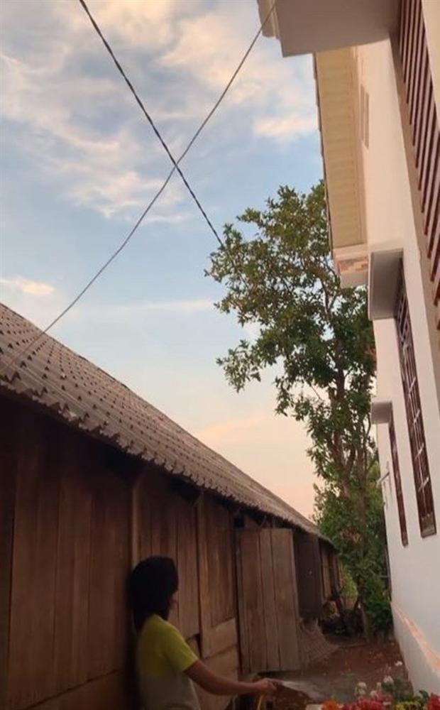 Đột nhập ngôi nhà sang trọng HHen Niê vừa hoàn thiện tại Đắk Lắk-6