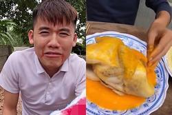 Bị mắng vì để tay trần sờ mó đồ ăn, con trai bà Tân Vlog: '20 năm tôi ăn vậy vẫn chưa chết'