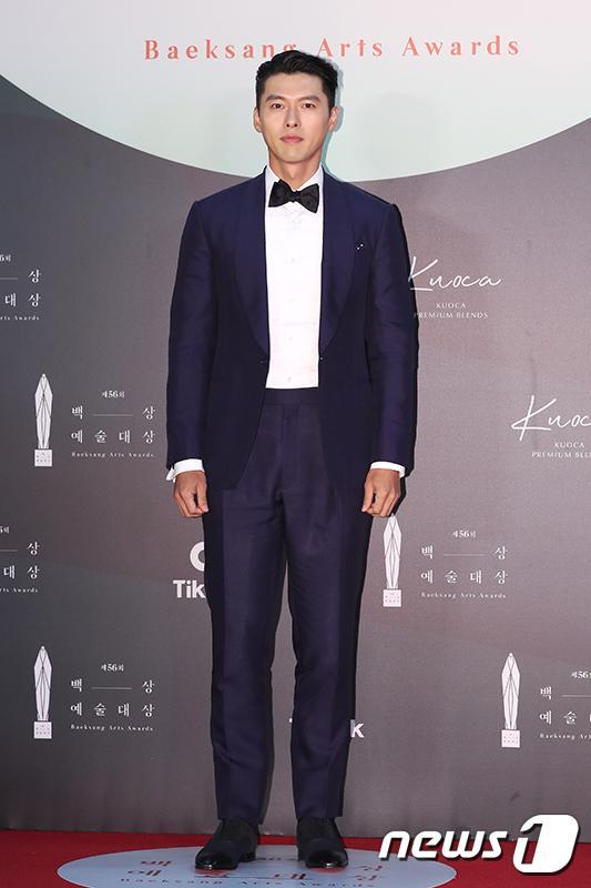 Thảm đỏ Baeksang Arts Awards 2020: Son Ye Jin nổi bật giữa dàn sao hàng đầu-8