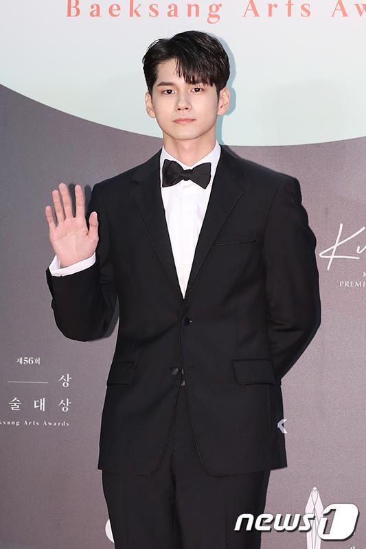 Thảm đỏ Baeksang Arts Awards 2020: Son Ye Jin nổi bật giữa dàn sao hàng đầu-19