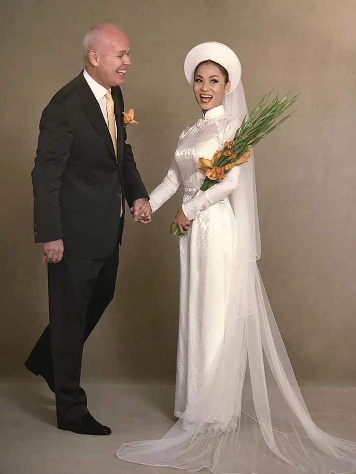 Ảnh cưới siêu giản dị của những mỹ nhân Việt lấy chồng đại gia-6