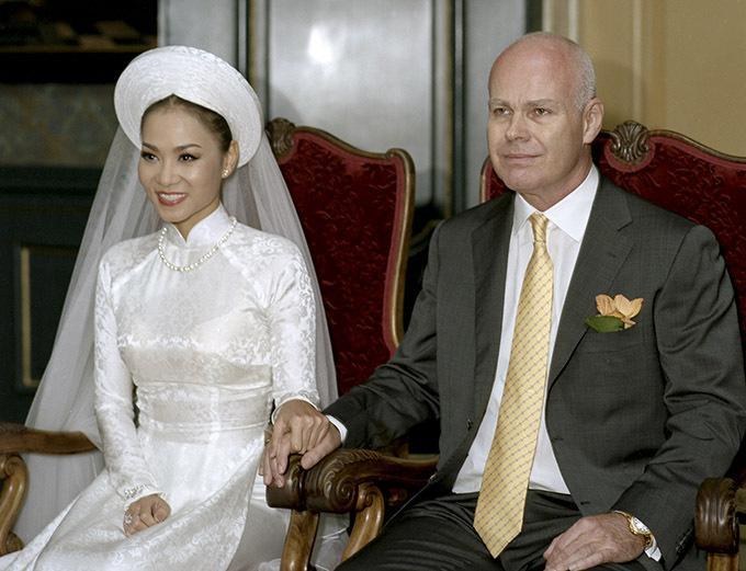 Ảnh cưới siêu giản dị của những mỹ nhân Việt lấy chồng đại gia-5
