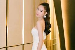 Hậu lộ ảnh hẹn hò Chi Dân, Ninh Dương Lan Ngọc vẫn vui vẻ tiếp tục series 'hành hạ' hit