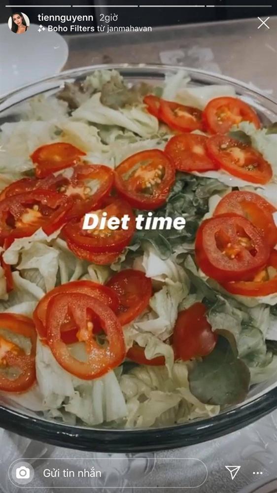 Dáng đẹp như tạc tượng, rich kid Tiên Nguyễn vẫn quyết giảm cân, chỉ ăn rau và quả-8