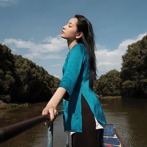 Chiếc áo bà ba biến phái đẹp trở nên dịu dàng đoan trang, kể cả Chi Pu hay Ngọc Trinh-4