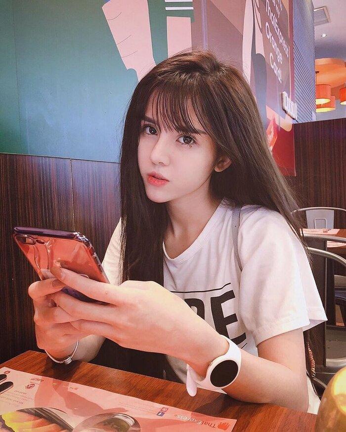 Vlogger Huy Cung gay gắt dằn mặt anti-fan trước tin đồn bà xã hotgirl bỏ học từ năm lớp 7 và lên Hà Nội làm gái-3