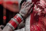 Yêu cầu nhà gái của hồi môn nhưng không được đáp ứng, người chồng 'bóc phốt' vợ trả thù