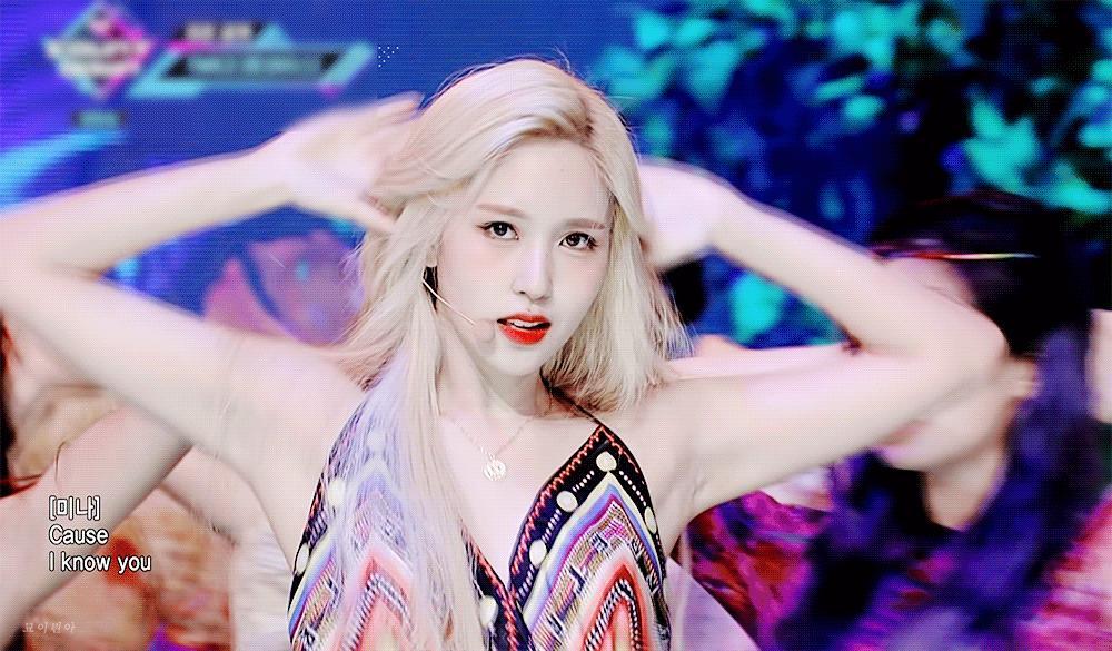 Nhan sắc đi vào huyền thoại của nữ idol chỉ nhờ một lần dại dột nhuộm tóc vàng-4