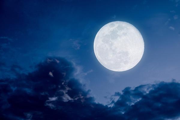 2 tuần tới, trăng tròn và nguyệt thực tại Nhân Mã cuốn các chòm sao vào vết xe đổ trong tình yêu-2