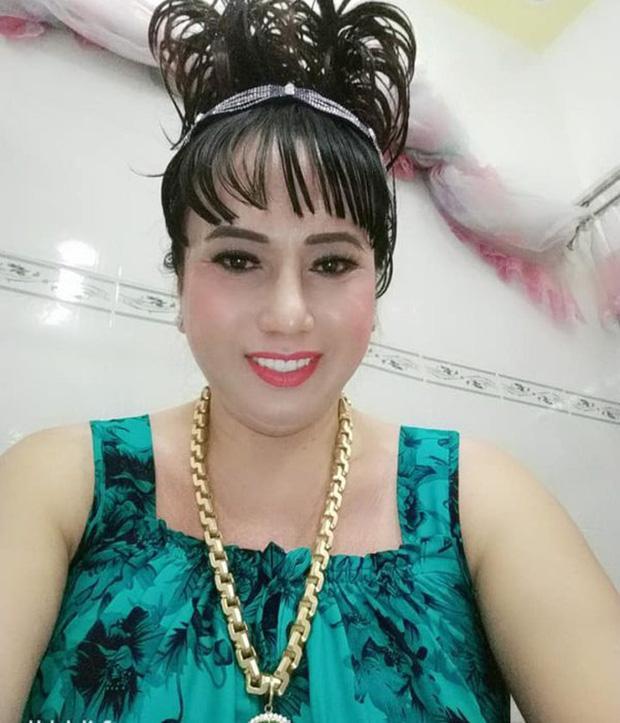 Diva Cát Thy và cô Minh Hiếu: Hai chị yêu hút fan vì quá... mặn, đường tình kể ra lận đận lắm luôn-5