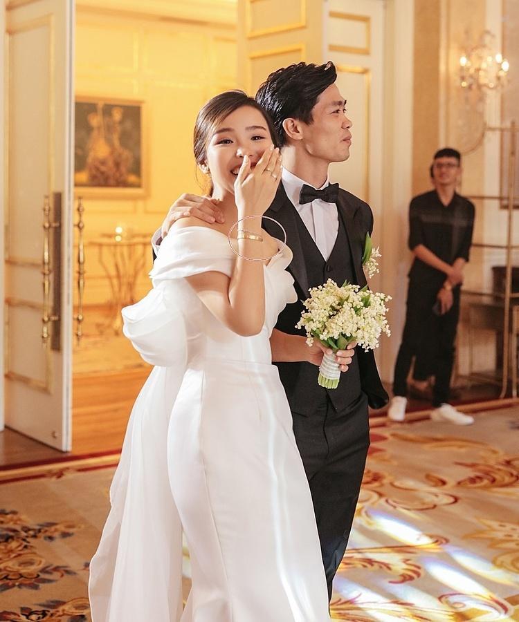 Công Phượng chi hơn 400 triệu đồng mua trang sức đính hôn-2
