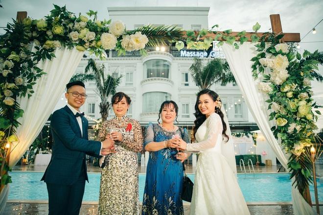 Đôi đồng tính nữ quyết định kết hôn chỉ sau 3 lần gặp mặt-4