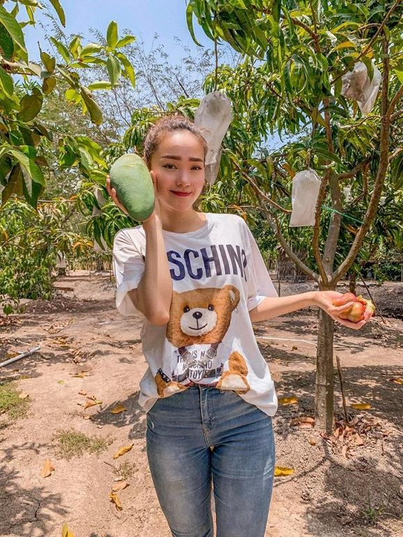 Nhà vườn rộng rãi tràn ngập cây trái của sao Việt-6
