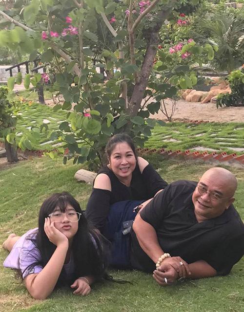 Nhà vườn rộng rãi tràn ngập cây trái của sao Việt-15