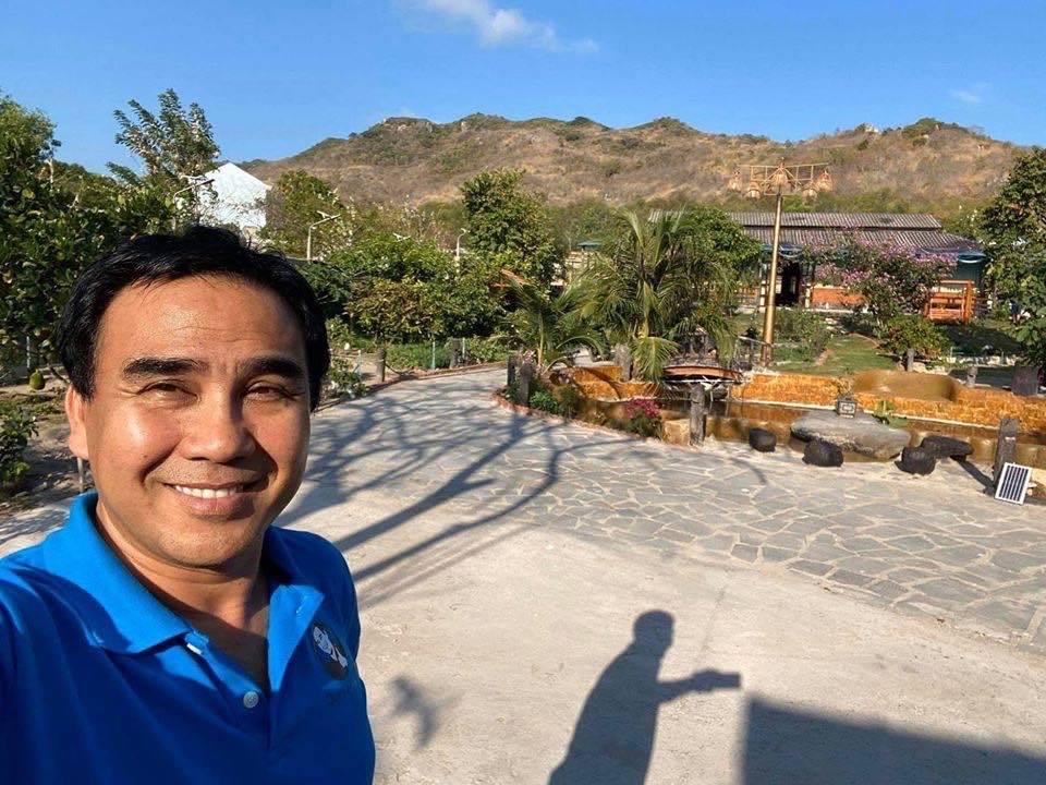 Nhà vườn rộng rãi tràn ngập cây trái của sao Việt-17