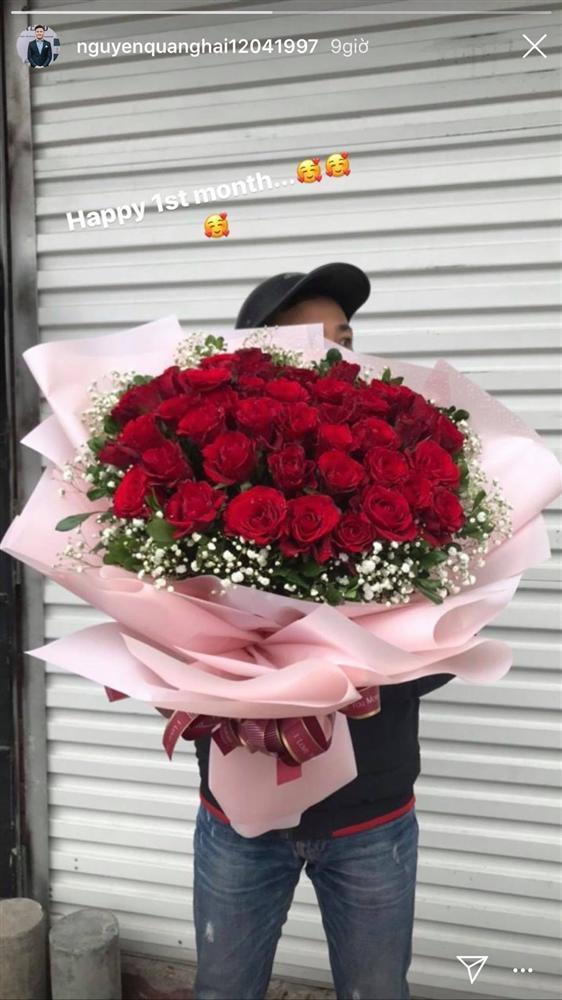 Quang Hải tặng Huỳnh Anh bó hoa hồng siêu khổng lồ nhân dịp một tháng yêu nhau - ảnh 3