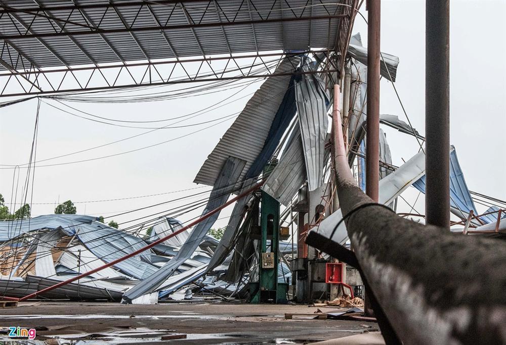 Hiện trường xưởng gỗ bị lốc cuốn khiến 3 người chết, 18 bị thương-3
