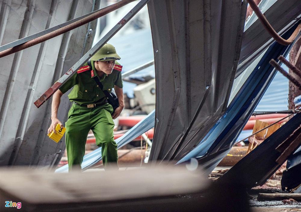 Hiện trường xưởng gỗ bị lốc cuốn khiến 3 người chết, 18 bị thương-4