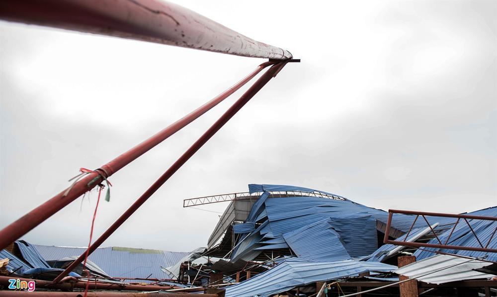 Hiện trường xưởng gỗ bị lốc cuốn khiến 3 người chết, 18 bị thương-6