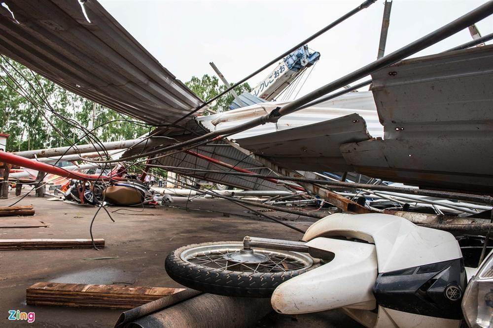 Hiện trường xưởng gỗ bị lốc cuốn khiến 3 người chết, 18 bị thương-10